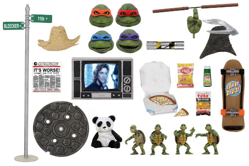 TMNT 1990 Movie 7″ Accessory Set and Cartoon Street Scene Diorama