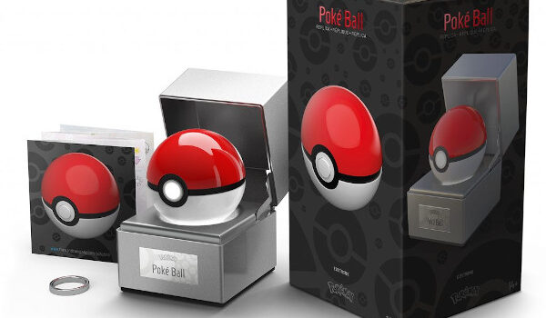 Die Cast Poké Ball Replica Collectible